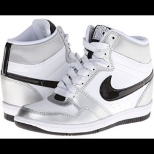Force Sky High Sneaker Wedge size 10